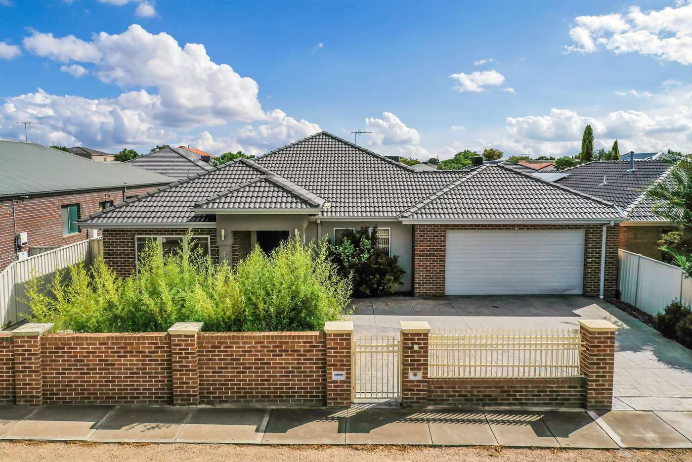 Main view of Homely house listing, 68 Jindabyne Avenue, Taylors Hill VIC 3037