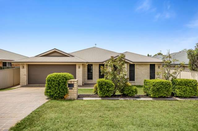 14 High Court Drive, Wilsonton Heights QLD 4350