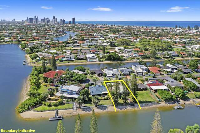 22 Helm Court, Mermaid Waters QLD 4218