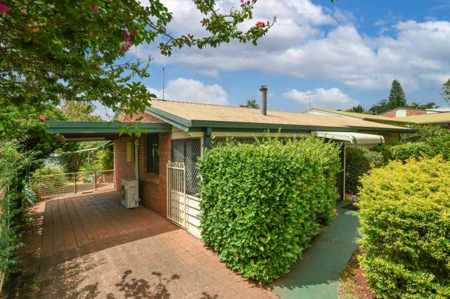 12 Moselle Court, Wilsonton Heights QLD 4350
