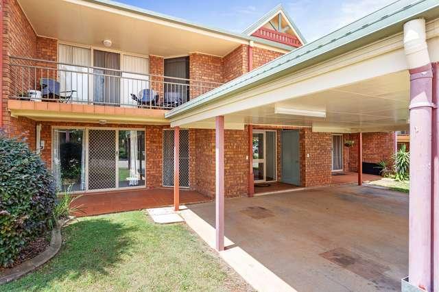 17/367 Margaret Streets, Newtown QLD 4350