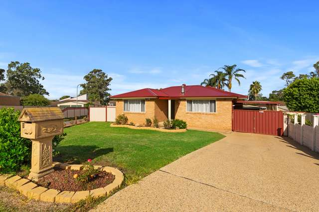 3 Armstrong Place, Dean Park NSW 2761