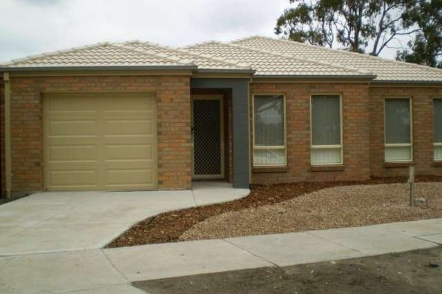 13 Harmony Drive, South Morang VIC 3752