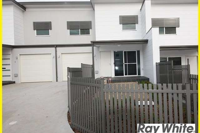 2/5B Glenfield Road, Glenfield NSW 2167