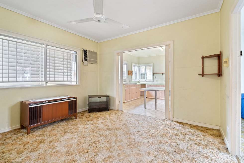 Fourth view of Homely house listing, 15 Gatton Street, Mount Gravatt East QLD 4122