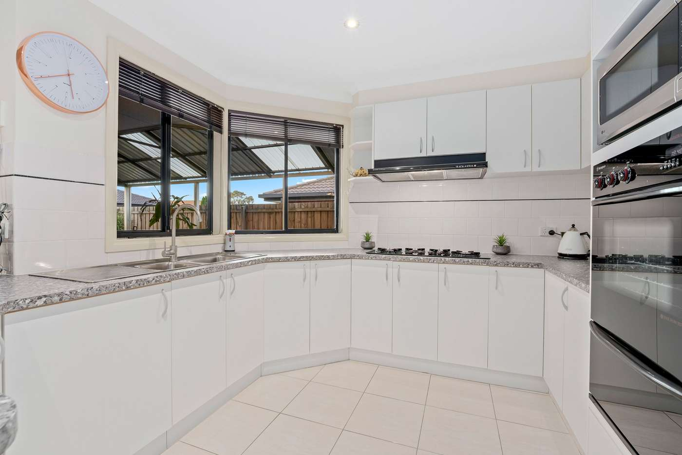 Fifth view of Homely house listing, 2 Darriwill Close, Delahey VIC 3037