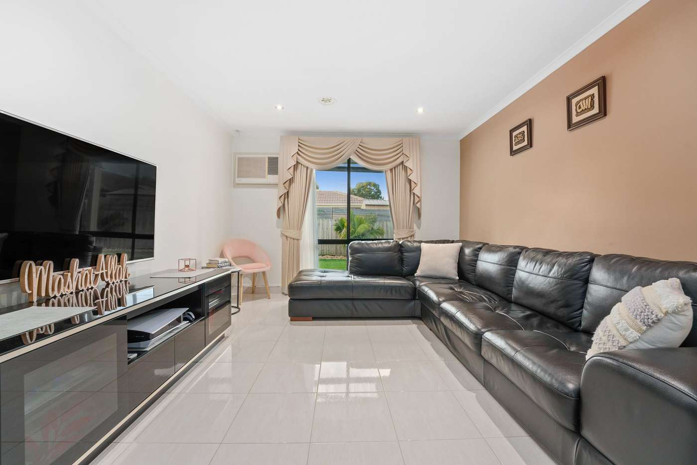 Sixth view of Homely house listing, 2 Darriwill Close, Delahey VIC 3037