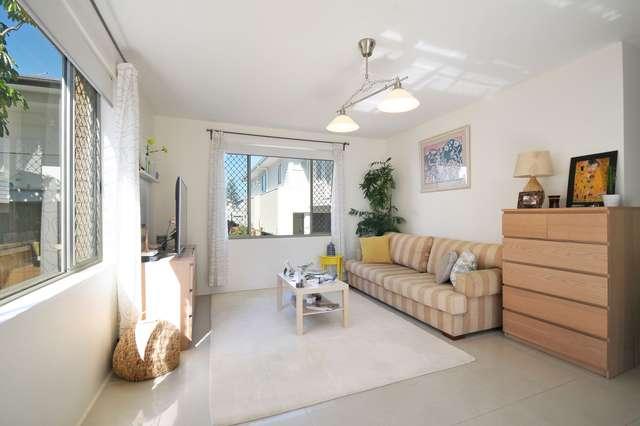 2/22 Tamborine Street, Mermaid Beach QLD 4218