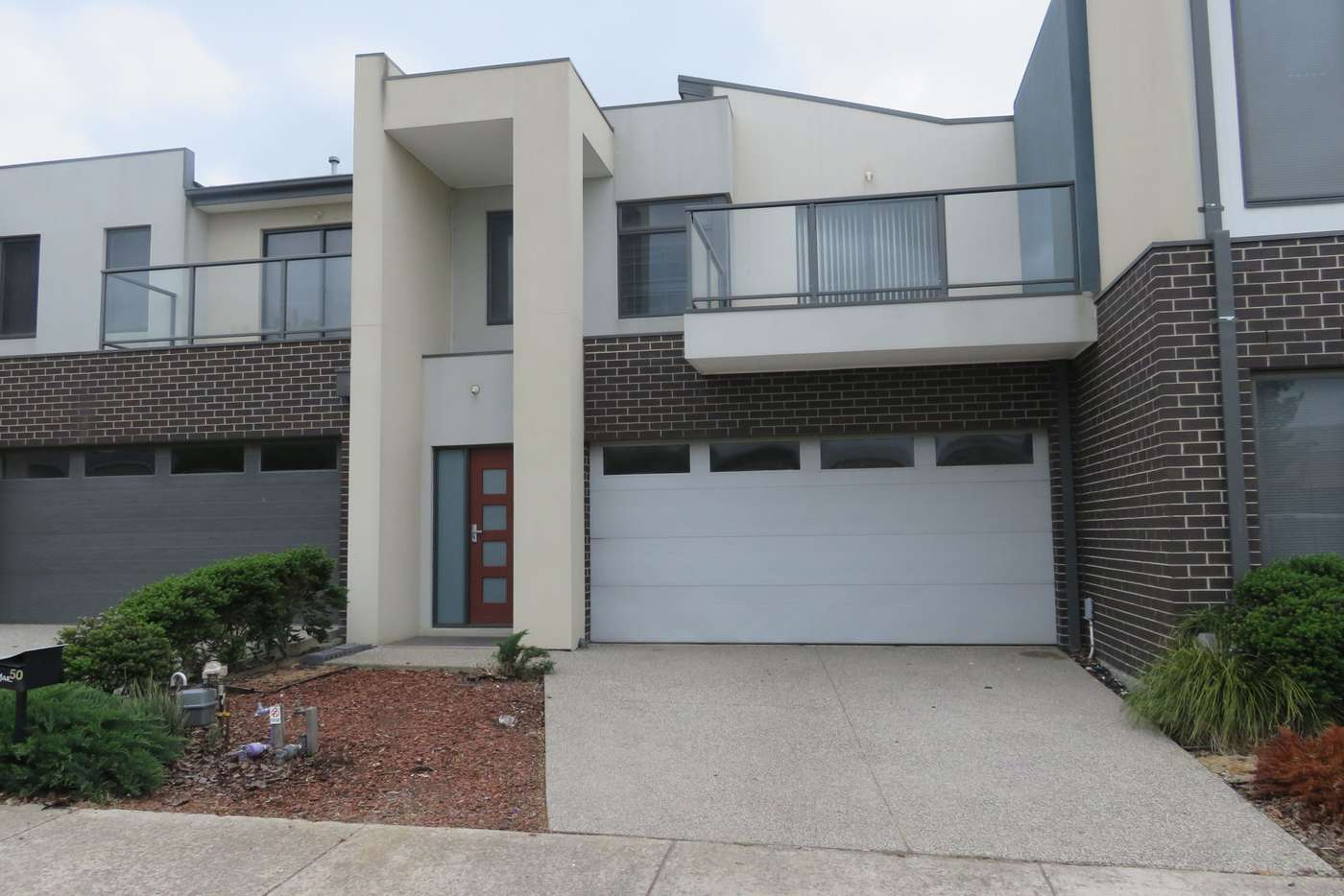 Main view of Homely townhouse listing, 50 Daymar Circuit, Craigieburn VIC 3064