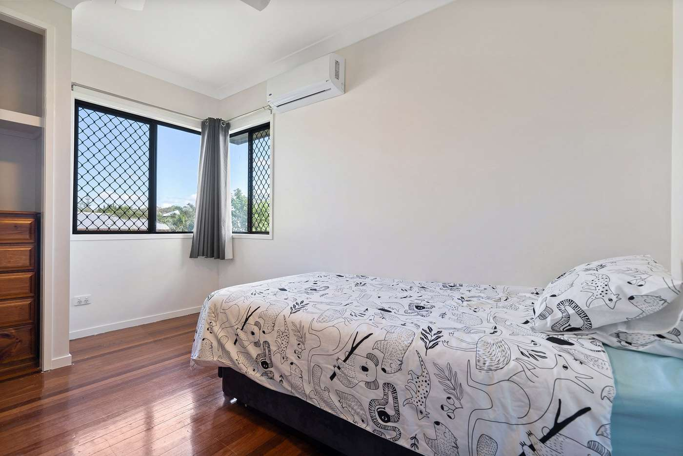 Sixth view of Homely house listing, 15 Camlet Street, Mount Gravatt East QLD 4122