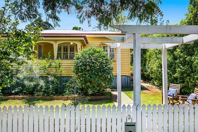 3 Rhyde Street, Mount Lofty QLD 4350