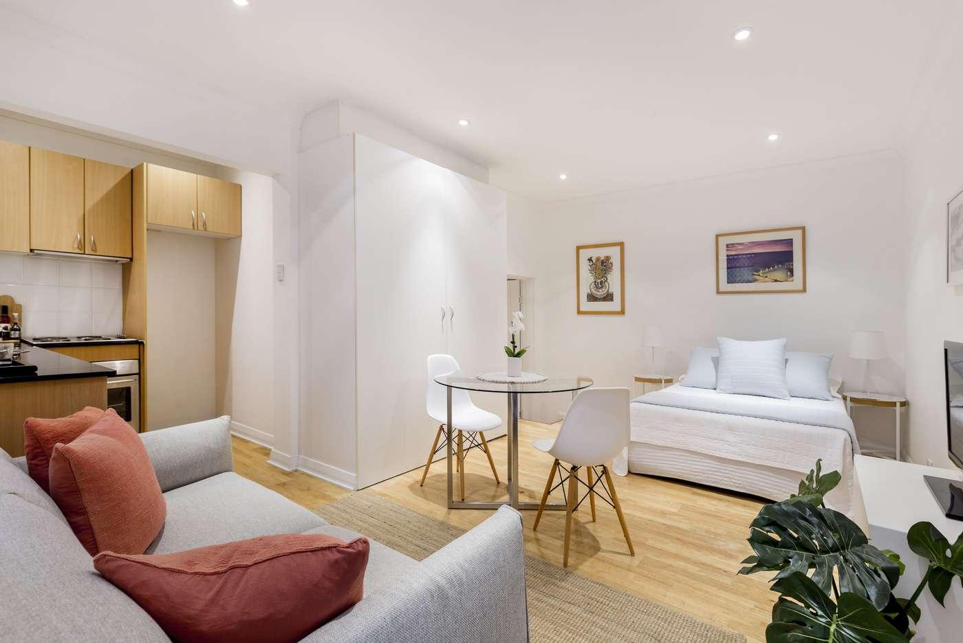 Main view of Homely studio listing, 103/9 Greenknowe Avenue, Elizabeth Bay NSW 2011