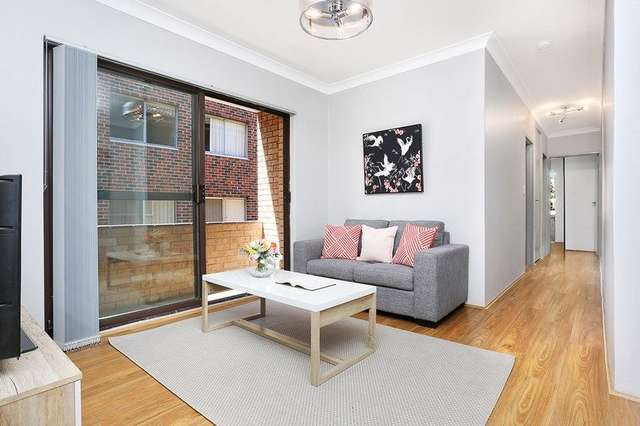 2/6 Queens Road, Westmead NSW 2145