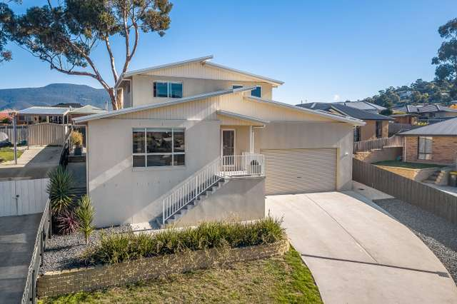 5 Bay Waters Court