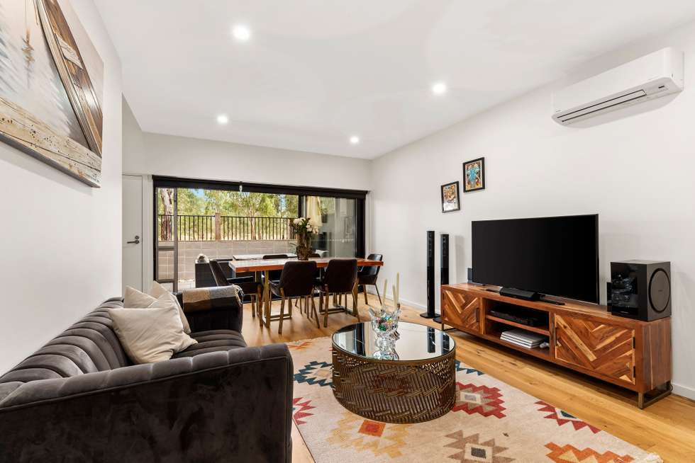 Fourth view of Homely house listing, 34 Sharp Circuit, Mill Park VIC 3082