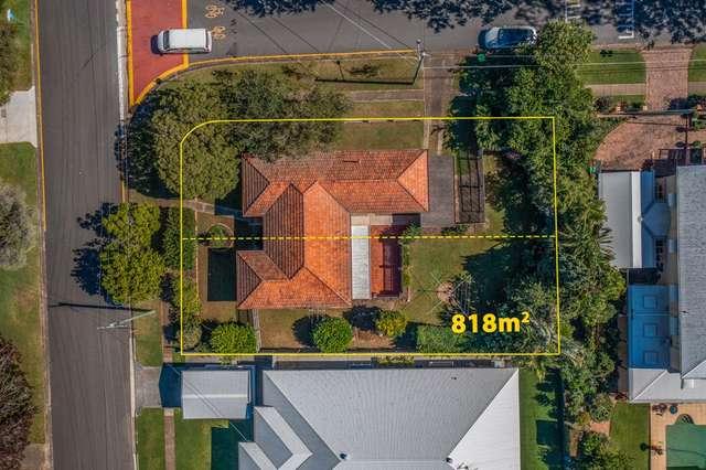 240 Cliveden Avenue, Corinda QLD 4075
