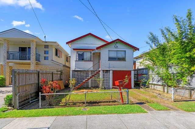 5 Dawn Street, Kedron QLD 4031