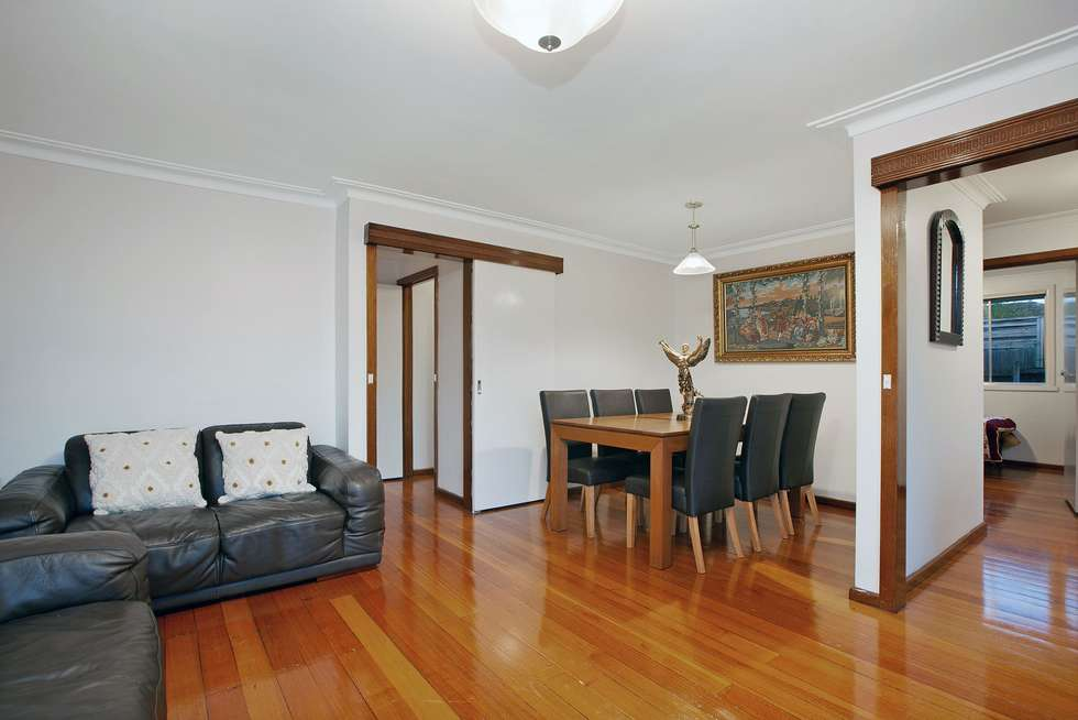Third view of Homely house listing, 5 Walden Court, Bundoora VIC 3083