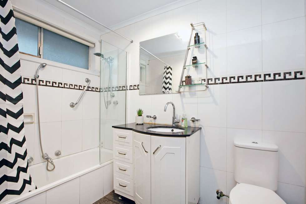 Fourth view of Homely house listing, 5 Walden Court, Bundoora VIC 3083