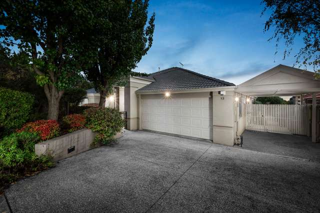 13 Glenview Place, Lysterfield VIC 3156