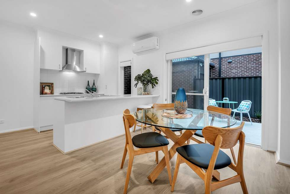 Fifth view of Homely townhouse listing, 18 Adventure Crescent, Roxburgh Park VIC 3064