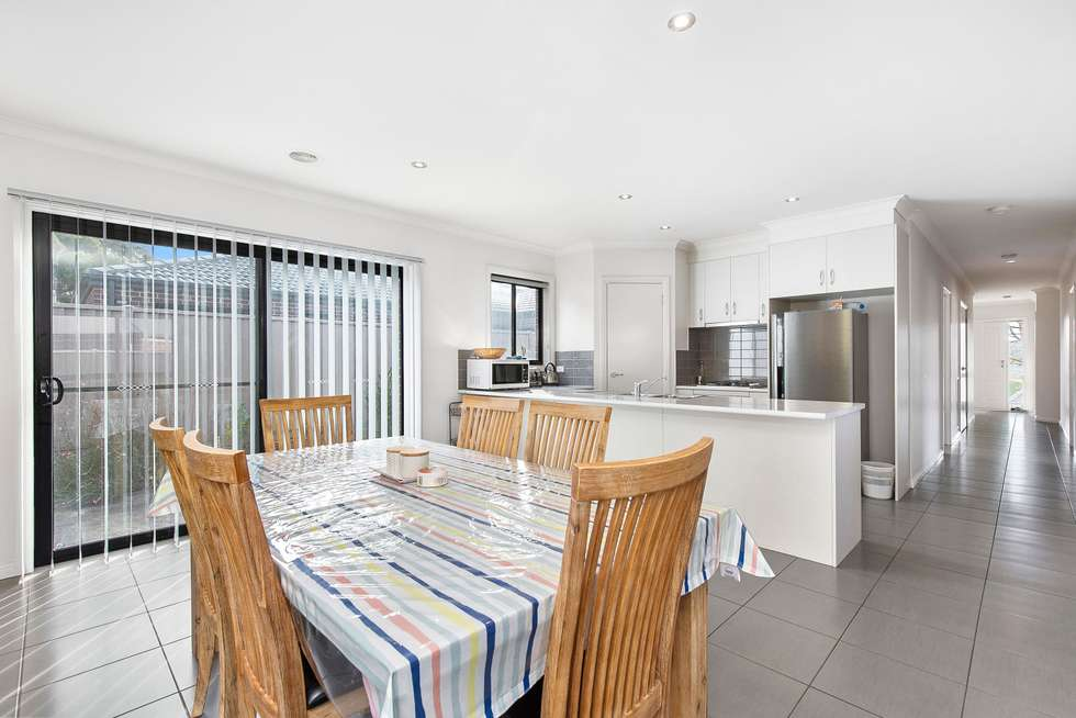 Fourth view of Homely house listing, 10 Muller Court, Mount Clear VIC 3350