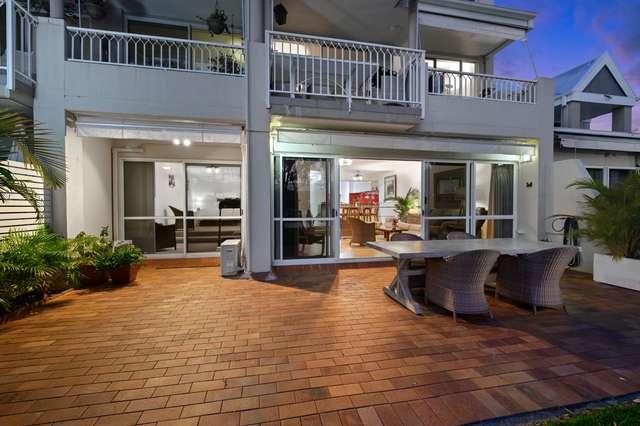 2/3 Marina Crescent, Hollywell QLD 4216