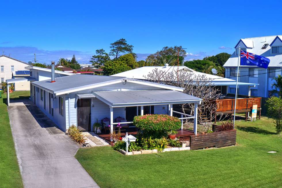 Second view of Homely house listing, 10 Wills Avenue, Golden Beach QLD 4551
