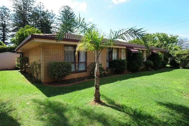 2/56 Hursley Road, Newtown QLD 4350