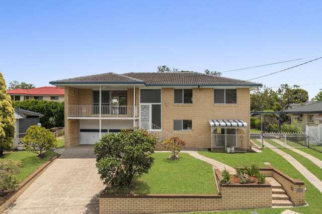 22 Deniven Street, Corinda QLD 4075
