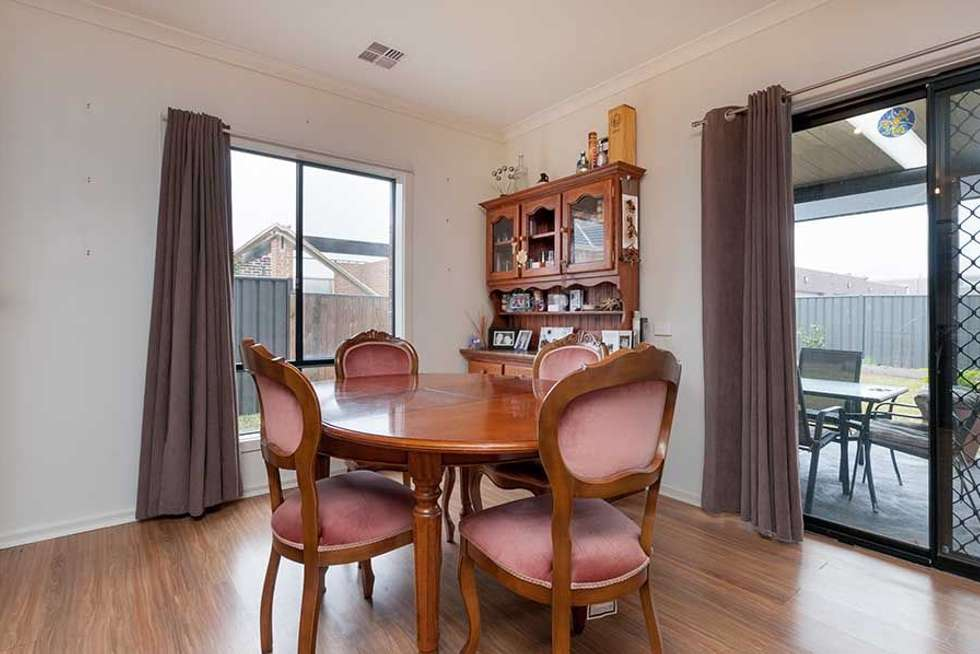 Fifth view of Homely house listing, 25 Gippsland Way, Craigieburn VIC 3064
