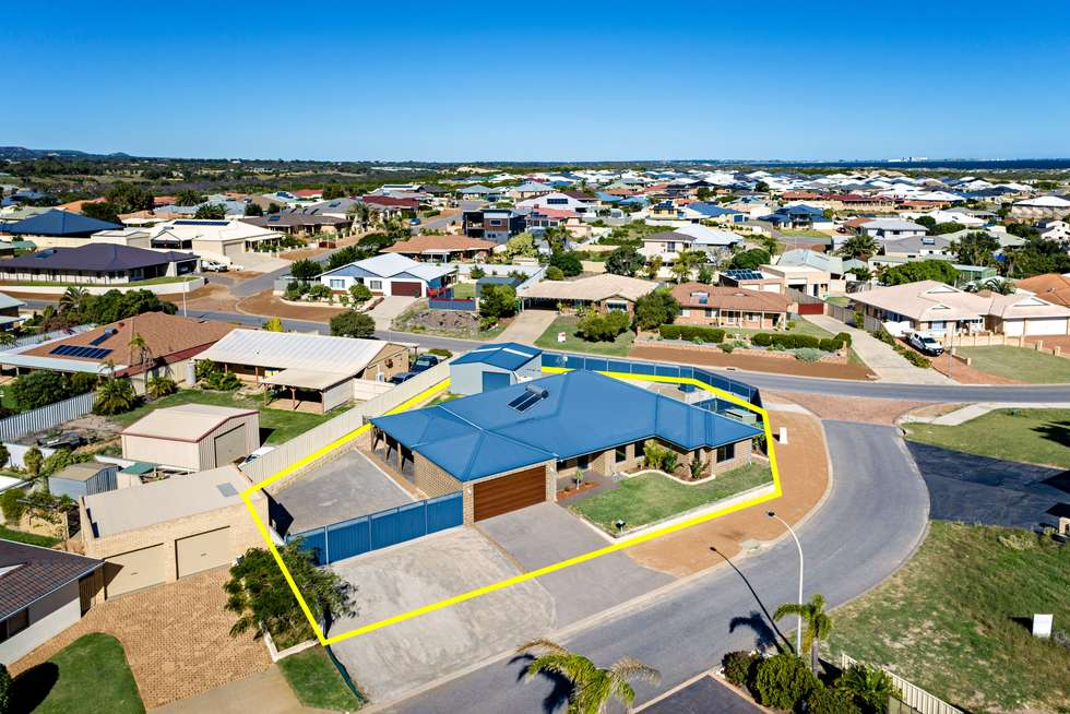 Third view of Homely house listing, 2 Bluewater Close, Drummond Cove WA 6532