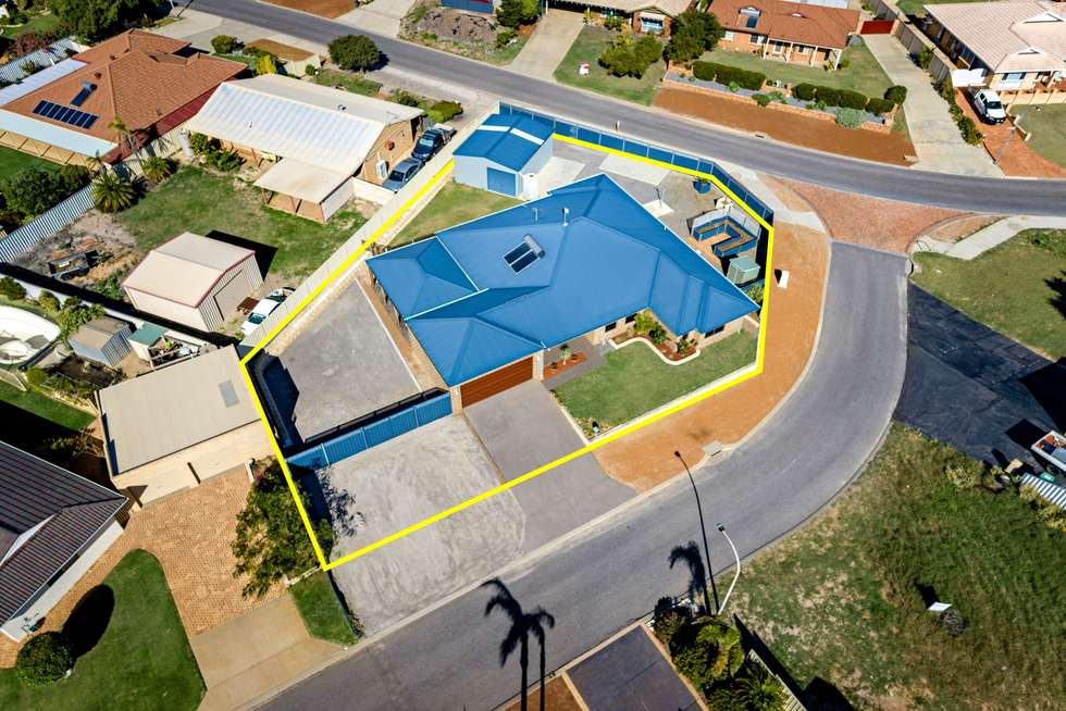 Fourth view of Homely house listing, 2 Bluewater Close, Drummond Cove WA 6532