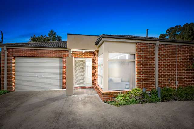 2/8 Westmill Drive