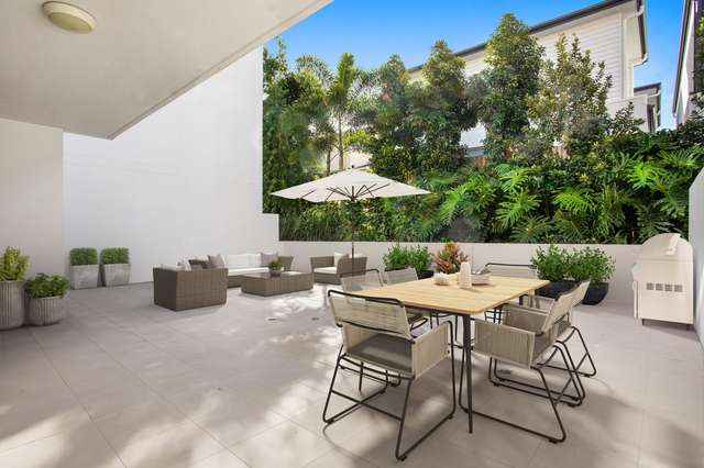 3113/7 Waterford Court 'Waterford Apartments', Bundall QLD 4217