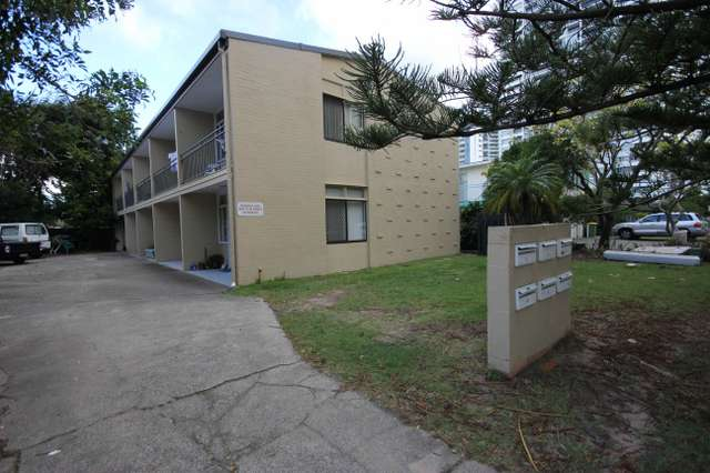 5/4 George Avenue, Broadbeach QLD 4218