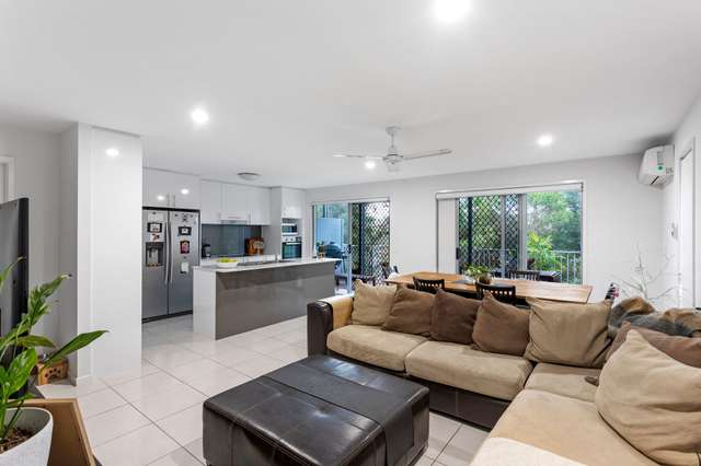 18/37 Witheren Circuit, Pacific Pines QLD 4211