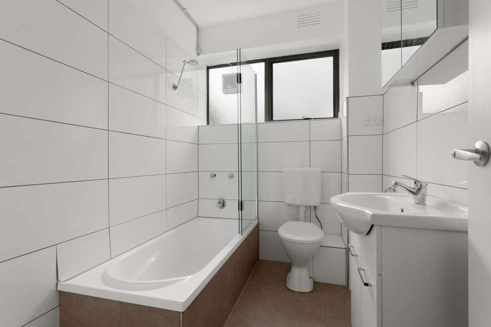 Fourth view of Homely apartment listing, 4/734 Centre Road, Bentleigh East VIC 3165