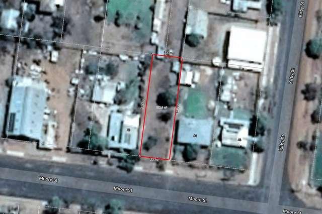 42 Moore Street, Dirranbandi QLD 4486
