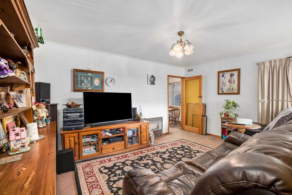 Second view of Homely house listing, 8 Form Street, Wendouree VIC 3355