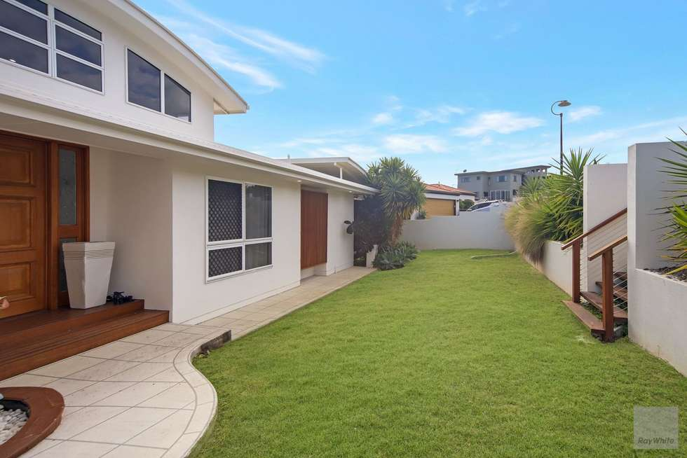 Second view of Homely house listing, 25 Banksia Place, Taranganba QLD 4703