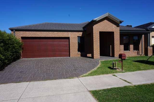 33 Flinders Park Drive, Officer VIC 3809