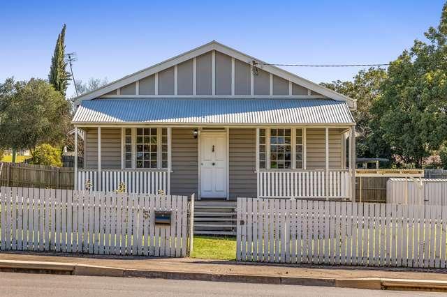 5 West Street, Newtown QLD 4350