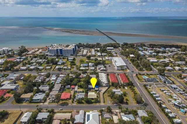 58 Shell Street, Urangan QLD 4655