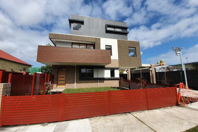 2, 3 & 4/2 Mill Road, Oakleigh VIC 3166