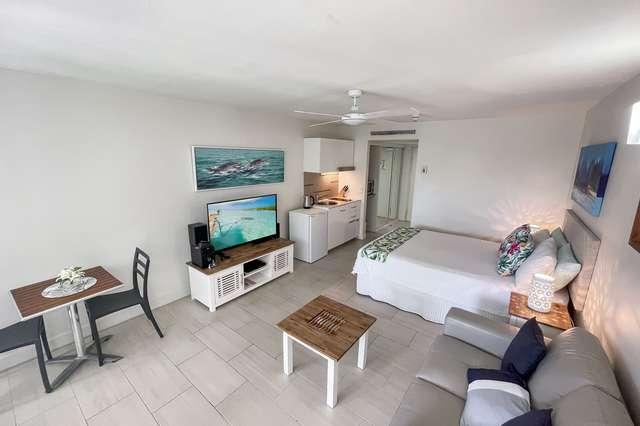 3402/2-22 Veivers Road, Palm Cove QLD 4879