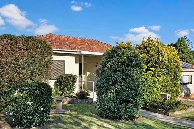 27 Fullerton Crescent, Riverwood NSW 2210