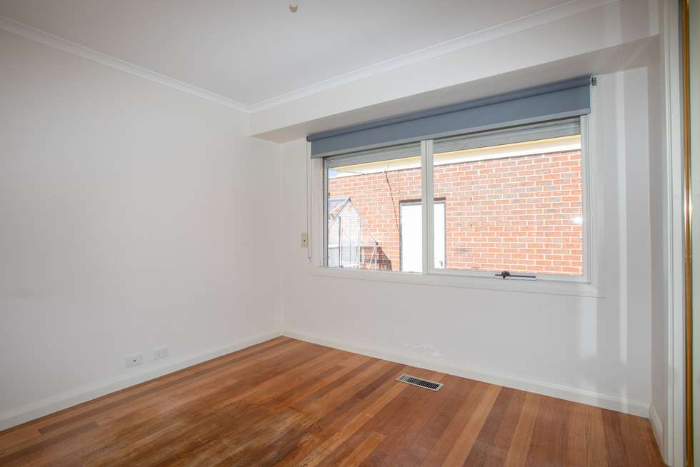 Fifth view of Homely house listing, 28 Ashleigh Crescent, Meadow Heights VIC 3048