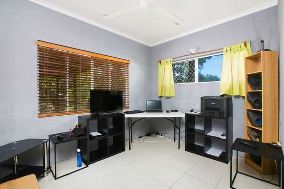 Fifth view of Homely house listing, 6 Milford Close, Kanimbla QLD 4870