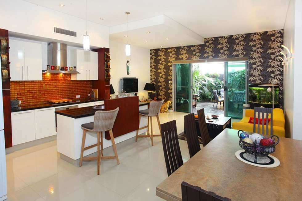 Fourth view of Homely villa listing, 2/21 Wildwood Court, Surfers Paradise QLD 4217